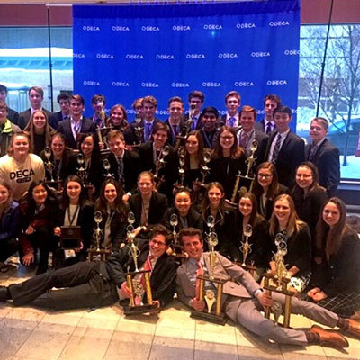 23 DECA Students Qualify for International Conference